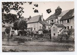 - CPSM SÉGUR-LE-CHATEAU (19) - Vieilles Maisons Sur L'Auvézère 1972 - Editions CIM Ac 125 - - Autres Communes