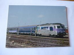 """RODEZ  (12) : Train De Nuit Pour PARIS - BB 67416 Et Voitures VU Couchettes """"Lunèa""""- Détails 2ème Scan - Trenes"""