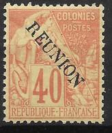 REUNION : TYPE ALPHEE DUBOIS 40c SURCHARGE N° 26 NEUF * GOMME AVEC CHARNIERE - COTE 100 € - Réunion (1852-1975)