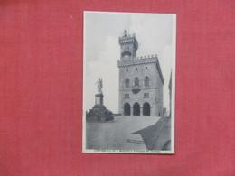 San Marino  Palazzo Dei Governo   Ref 3517 - San Marino