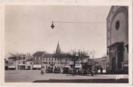 81. Pf. CARMAUX. Place Gambetta. 6 - Carmaux