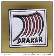 48776-Pin's.Drakar.Parfum.bateaux - Bateaux