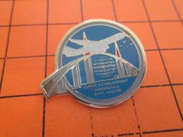 1515c PIN'S PINS / Rare Et De Belle Qualité ! / Thème : AVIATION / AEROSPATIALE  ST NAZAIRE AIRBUS - Avions