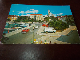 B687  Supetar Iugoslavia Viaggiata Presenza Lievi Pieghe - Jugoslavia