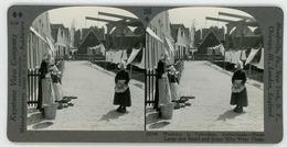 Netherlands ~ VOLENDAM ~ Children On Washday Stereoview 25249 356bx NEAR MINT - Stereoscoop