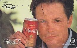 Télécarte Japon / 110-011 - Film Cinéma - MICHAEL J. FOX - Pub BIERE KIRIN BEER - Japan Movie Star Phonecard - 829 - Publicidad