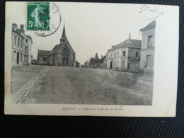 CPA - 27 - ROUTOT - L'Eglise Et La Route De Rouen (s) - Routot