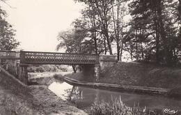 18 - JOUET-sur-l'AUBOIS -Le Canal Du Berry Au Pont Des Taureaux  - CPSM - Frankreich