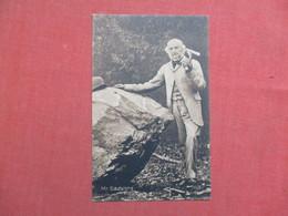 Mr Gladstone     Ref 3519 - To Identify