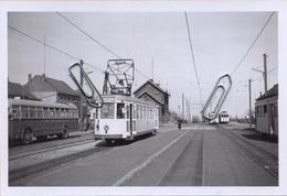 TIELT-Winge : Station    TRAM    :** Foto Van Oude Cliché (15 X 10 Cm) Photo Vieux Cliché   1960 - Trains