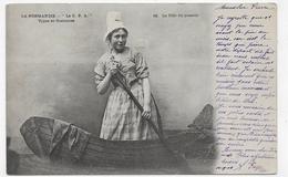 (RECTO / VERSO) LA NORMANDIE EN 1904 - N° 22 - TYPES ET COSTUMES - LA FILLE DU PASSEUR - BEAU CACHET - CPA VOYAGEE - Pont-l'Evèque