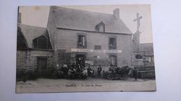 Carte Postale ( V7 ) Ancienne De Courtils , L -  POISNEL  DéBITANT  CORDONNIER ,  Un Coin Du Bourg - Altri Comuni