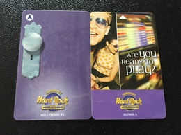 Hotelkarte Room Key Keycard Clef De Hotel Tarjeta Hotel HARD ROCK HOTEL SEMINOLE HOLLYWOOD FLORIDA 2 Different - Telefonkarten