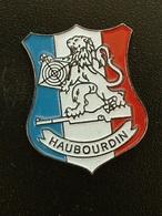 Pin's TIR - HAUBOURDIN - Pin's