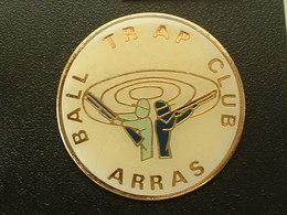 Pin's TIR - BAL TRAP CLUB ARRAS - Pin's
