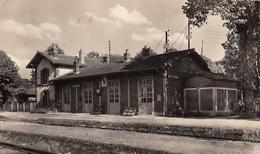 10- Estissac  La Gare Cpsm - Autres Communes