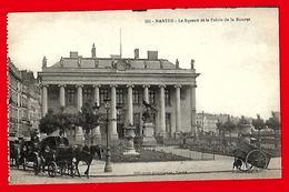 NANTES  --  Le  Square  Et  Le  Palais  De  La  Bourse - Moisdon La Riviere