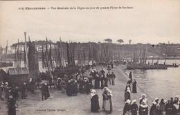 29 / CONCARNEAU / VUE GENERALE DIGUE UN JOUR GRANDE PECHE DE SARDINES - Concarneau