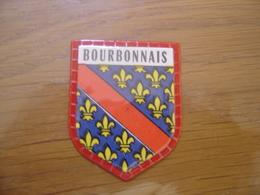 Ecusson Plastifie Cafés MAURICE Blason PROVINCE DU BOURBONNAIS  N°39 - Escudos En Tela