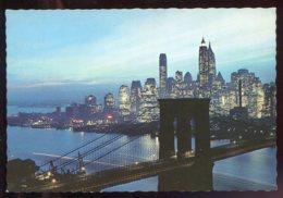 CPM Etats Unis NEW YORK CITY Nightfall In Lower Manhattan Brooklyn Bridge - Manhattan