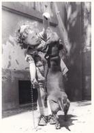 Dackel Teckel  Dachshund  Chien  Enfant  Modern Format Old Postcard - Dogs