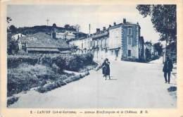 47 - CANCON : Avenue Monflanquin Et Le Chateau - CPA Village (1.350 Habitants) - Lot Et Garonne - France