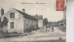 CHEUGES    PLACE  DU CENTRE - Francia