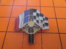 1115c PIN'S PINS / Rare Et De Belle Qualité ! / Thème AUTOMOBILES / RALLYE DRAPEAU VOLANT DAMIERS - Rallye