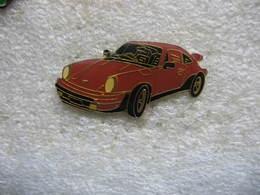 Pin's D'une Porsche De Couleur Marron - Porsche