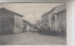 PETIT  BERSAC    RUE PRINCIPALE - Francia