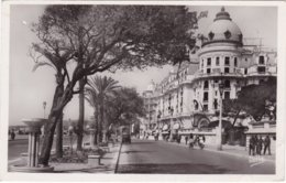 L32D_008 - Nice - 2443 L'Hôtel Négresco - Bar, Alberghi, Ristoranti