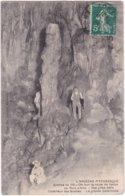 L32D_032 - Grottes De Vallon - Vue Prise Dans L'intérieur Des Grottes - La Grande Colonnade - Vallon Pont D'Arc