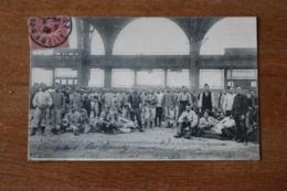 Carte Postale Ancienne 1906 1 Er Mai Paris Les Troupes  De La Galerie Des Machines - Grèves