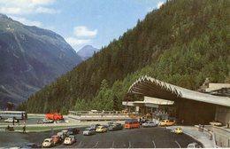 Chamonix Mont Blanc / Le Plus Long Tunnel Routier Reliant France Italie/ Voiture 74 - Chamonix-Mont-Blanc