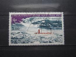 VEND BEAU TIMBRE DE POSTE AERIENNE DES T.A.A.F. N° 65 , XX !!! (b) - Poste Aérienne