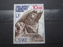VEND BEAU TIMBRE DE POSTE AERIENNE DES T.A.A.F. N° 48 , XX !!! (a) - Poste Aérienne