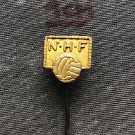 Badge Pin ZN008682 - Handball NHF Norway (Or Netherlands) Federation Association Union - Handball