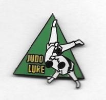 Pin's  Ville, Sport  Club  JUDO  à  LURE   ( 70 ) - Judo