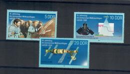 D.D.R.  REPUBBLICA DEMOCRATICA TEDESCA 1988 - ASTRONAUTICA - MNH ** - Unused Stamps