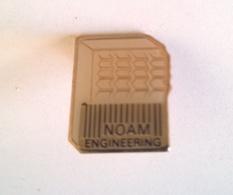 PIN'S NOAM ENGINEERING - Informatique