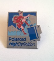 PIN'S POLAROID High Definition ( Alpinisme ) - Photographie