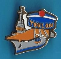 PIN'S //   ** PORTE AVION  / CHARLES DE GAULLE / TOULON ** - Barcos