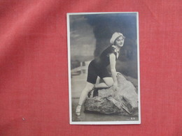 RPPC  Female Fashion         Ref 3521 - Fashion