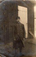 CPA 2722 - MILITARIA - Carte Photo Militaire - Prisonnier De Guerre - Soldat Camille MENNECHEZ Pour ANZIN ( Nord ) - Characters
