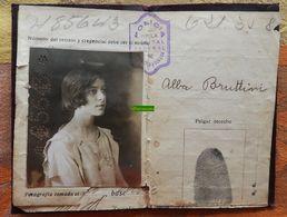 Carte D'identité De La République D'Argentine Pour 1 Femme étudiante Née En 1907 Délivrée En 1922 - Cedula De Identidad - Old Paper