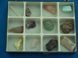 Coffret De 12 Petits Minéraux - Minerals