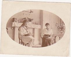 Photographie Amateur / Chambre, 2 Femmes / Surbiton (U.K.) 1917 - Lieux