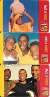3-CARTES-PREPAYEE-GSM-2005-GABON-1000/2500/5000CFA-Personnages-Grattés-TBE - Gabon