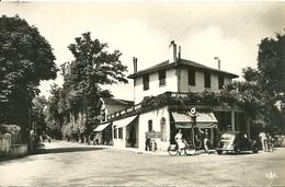 CAMBO-LES-BAINS - Carrefour Des Alliès Et Route De Saint-Jean De Luz - Cambo-les-Bains