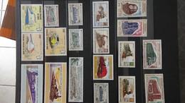 Thématique Chemins De Fers En Plusieurs Dizaines De Timbres  ** (Tome 2). A Saisir !!! - Stamps